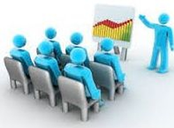 Con instalaciones propias y acuerdos de aulas en toda España