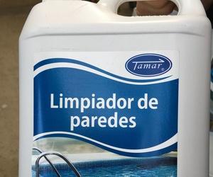 Limpiador paredes piscina