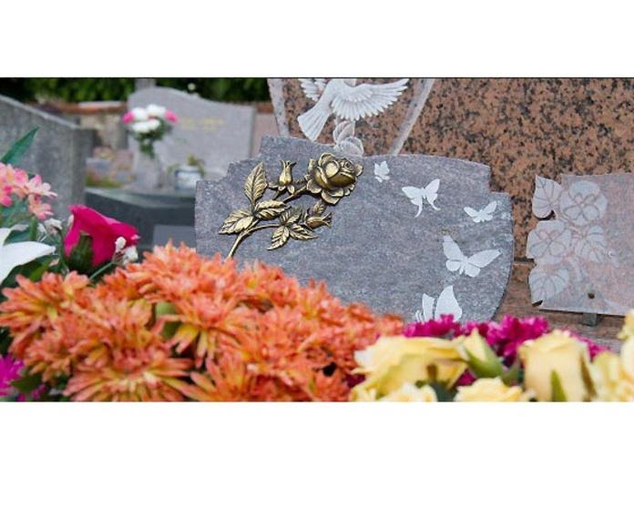 Servicio 24 horas: Servicios de Funeraria Selva