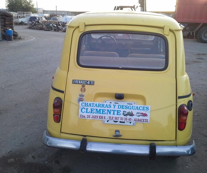 Renault 4 L en desguace. Albacete. Chatarras Clemente
