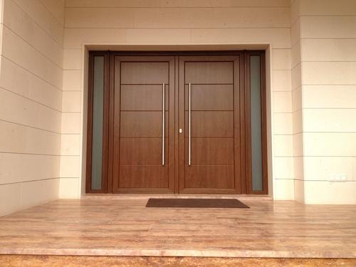 Puerta principal dos hojas (modelo ip7 4 line, imitacion madera, roble dorado)
