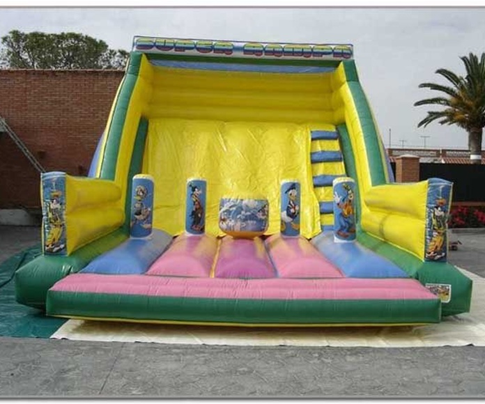CASTILLO HINCHABLE RAMPA