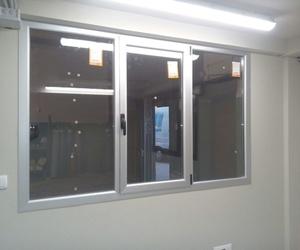 Galería de Carpintería de aluminio, metálica y PVC en Vitoria-Gasteiz | Zurgal Aluminios, S.L.