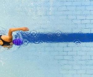 El calor no es excusa: cinco ejercicios para la piscina