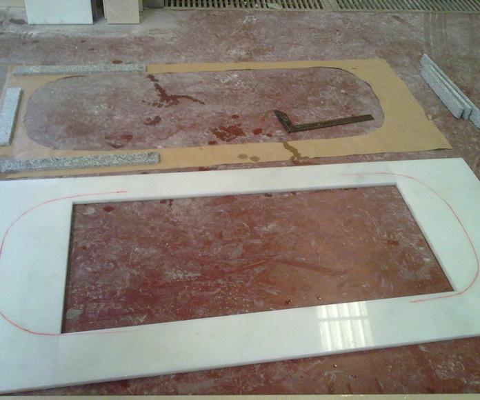 Enmarcados de baño: Catálogo y exposición de Alcomármol