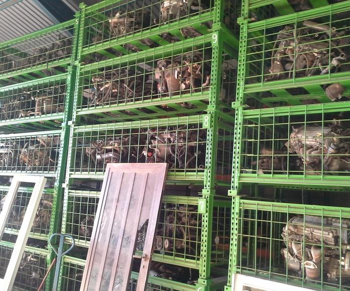 gran stock de motores y cajas de cambio usadas de desguace en Desguaces Clemente de Albacete