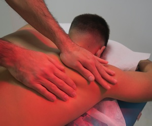 Clínica de fisioterapia y osteopatía. Ecografía musculo esquelética
