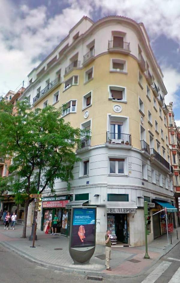 Libros de poesía en Moncloa, Madrid, en la librería El Aleph Libros