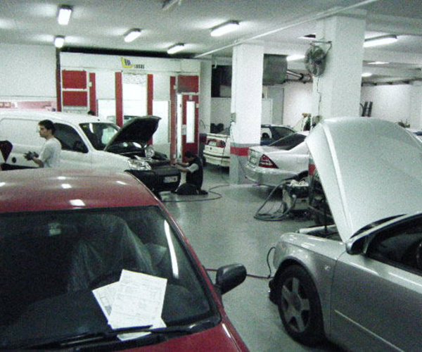 Talleres de chapa y pintura en Santa Coloma de Gramenet | Automobils Rambla