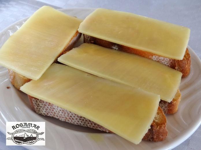 Torradas con tomate y queso|default:seo.title }}