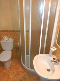 Alojamiento y Servicios: Hotel y Restaurante de Hotel Restaurante Rural El Roble