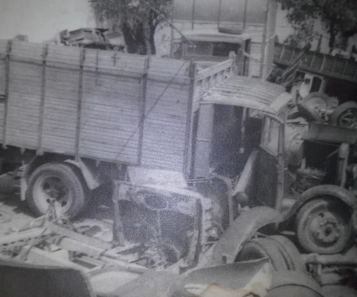 Camion para desguace en Chatarras y Desguaces Clemente años 60