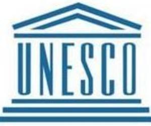 Dentista en Cádiz Javier Pérez .La UNESCO aconseja los benificios de una educación física de calidad