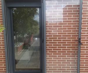 Puertas de garaje de entrada y de comunidad