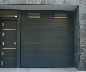 Puerta seccional de gran calidad