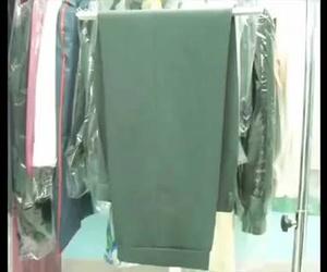 1 Paete Planchado profesional de un pantalón