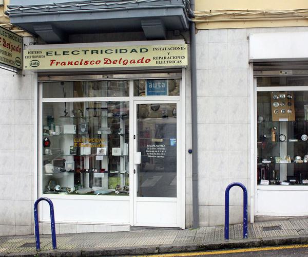 Tienda de electricidad en Santander