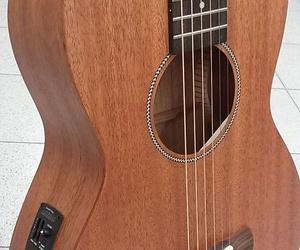 Galería de Instrumentos de música en Barcelona   Guitar Shop Barcelona