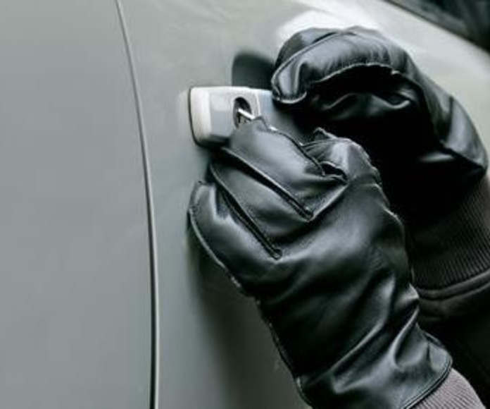 Seguro automóvil Liberty a terceros con robo e incendio: Servicios de Pons & Gómez Corredoria d'Assegurances