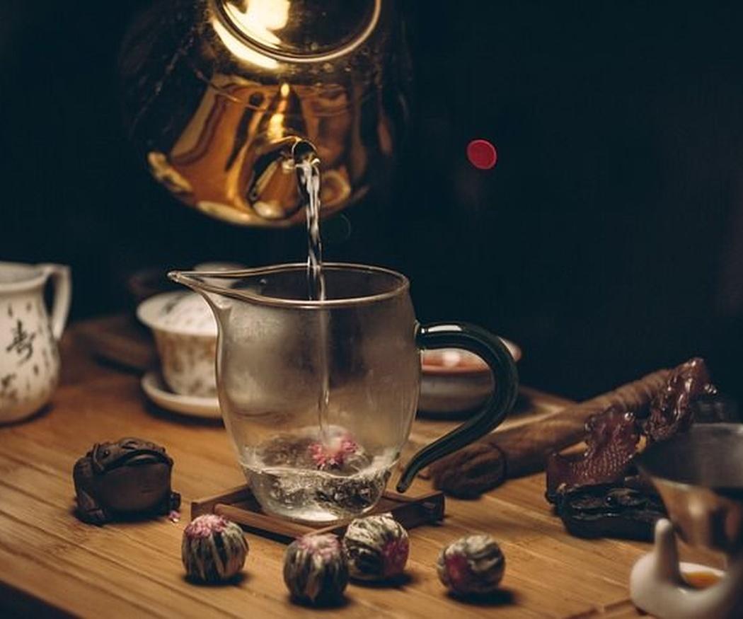 Té con hierbabuena, una bebida muy consumida en los países árabes