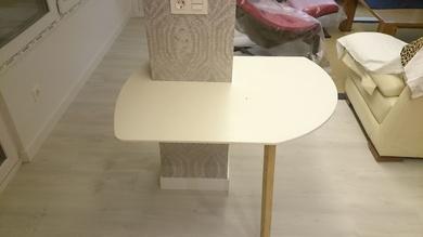 mesas flotantes de corian