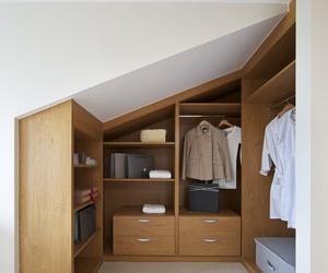 El vestidor también cabe en una casa pequeña