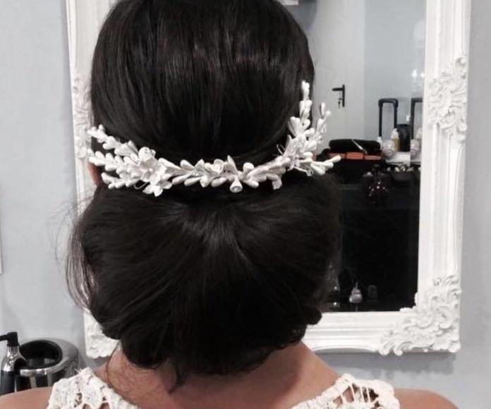 Recogidos y peinados para novias: Servicios de Salón Cristina Cisneros
