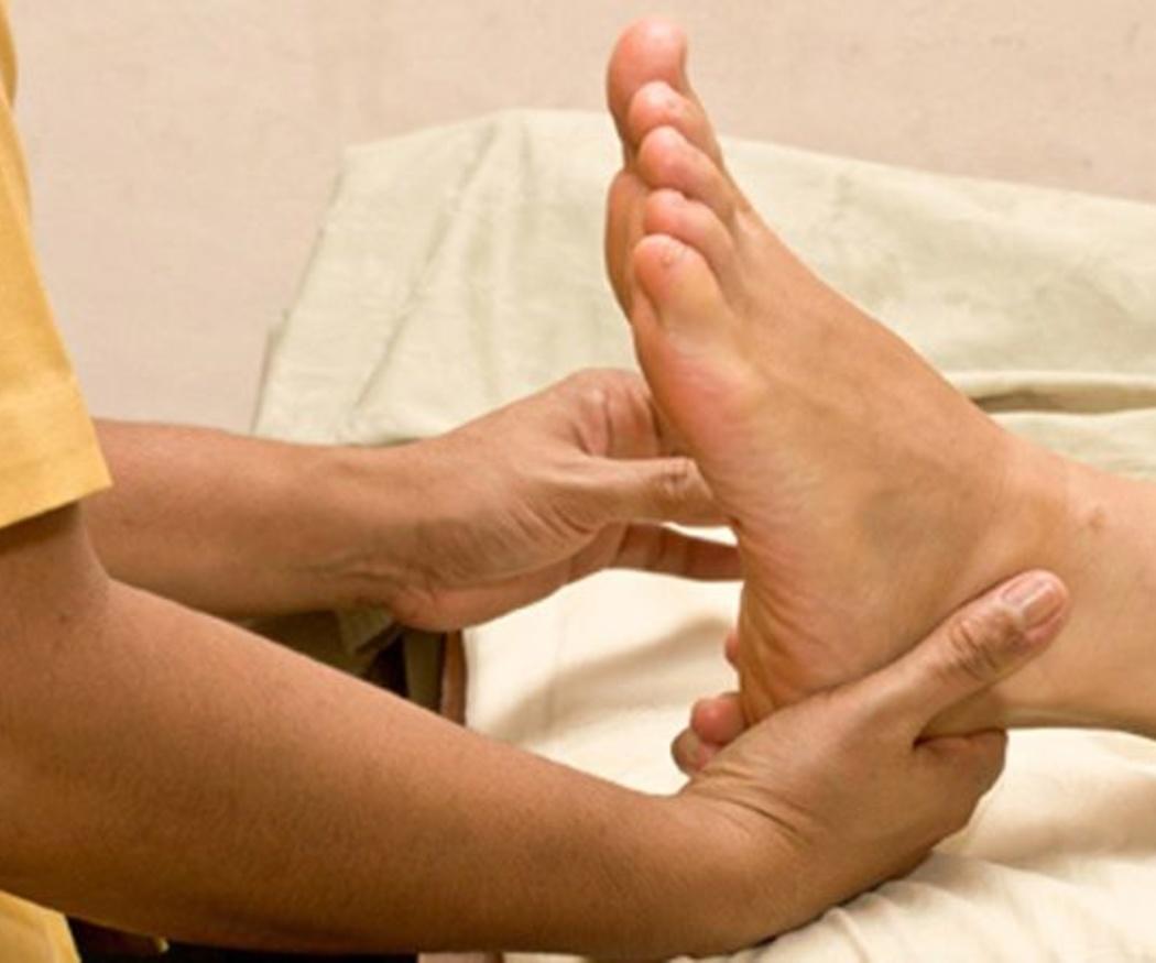 Por qué hacer un curso de masaje metamórfico