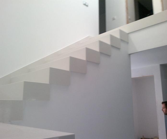 Escaleras: Catálogo y exposición de Alcomármol