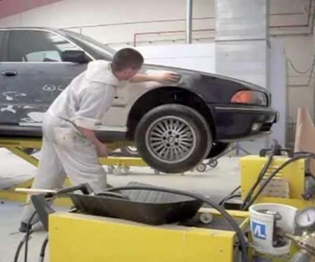 El proceso de pintado del coche