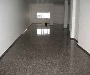 piso reparado con calida de trabajo profesional vigo