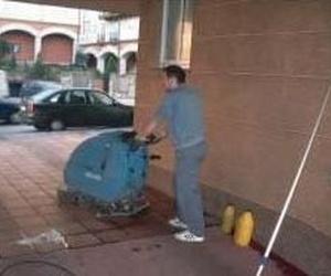 Todos los productos y servicios de Abrillantado y cristalizado de suelos: Colim Limpiezas