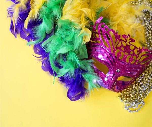 Venta de artículos de Carnaval en Sevilla