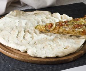 Base de pizza precocida