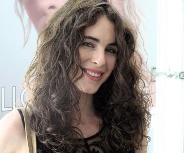 Maialen, del blog Hablamos de Moda, confía en Llongueras Mirasierra-Madrid para cuidar su cabello