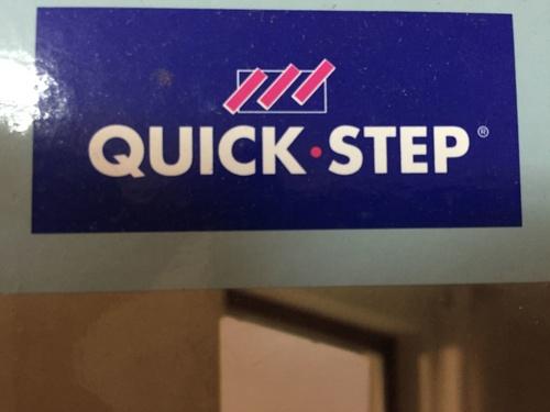 tarima quick step