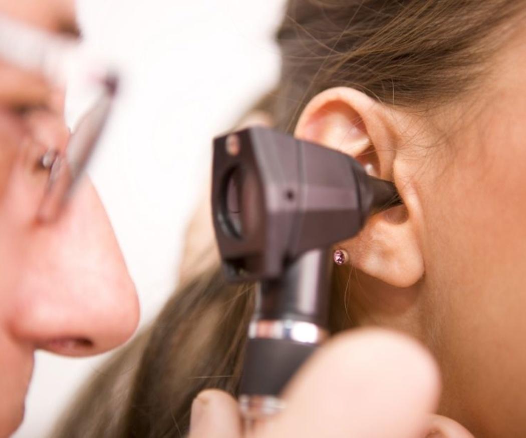 Consejos útiles para cuidar tu oído a diario