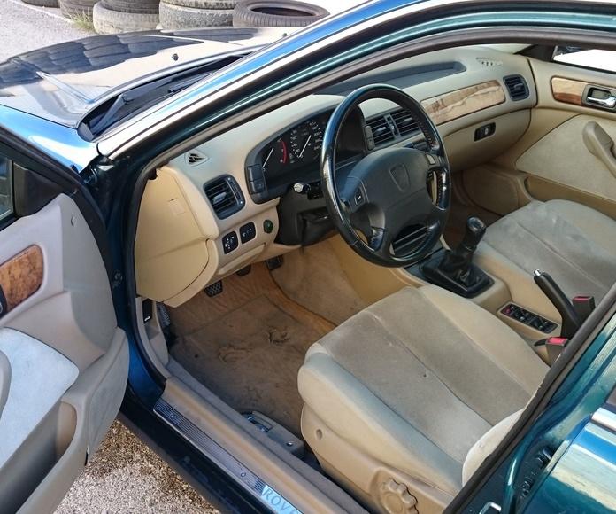 Rover 620 Si: Servicios  de Autotaxi Eliseo