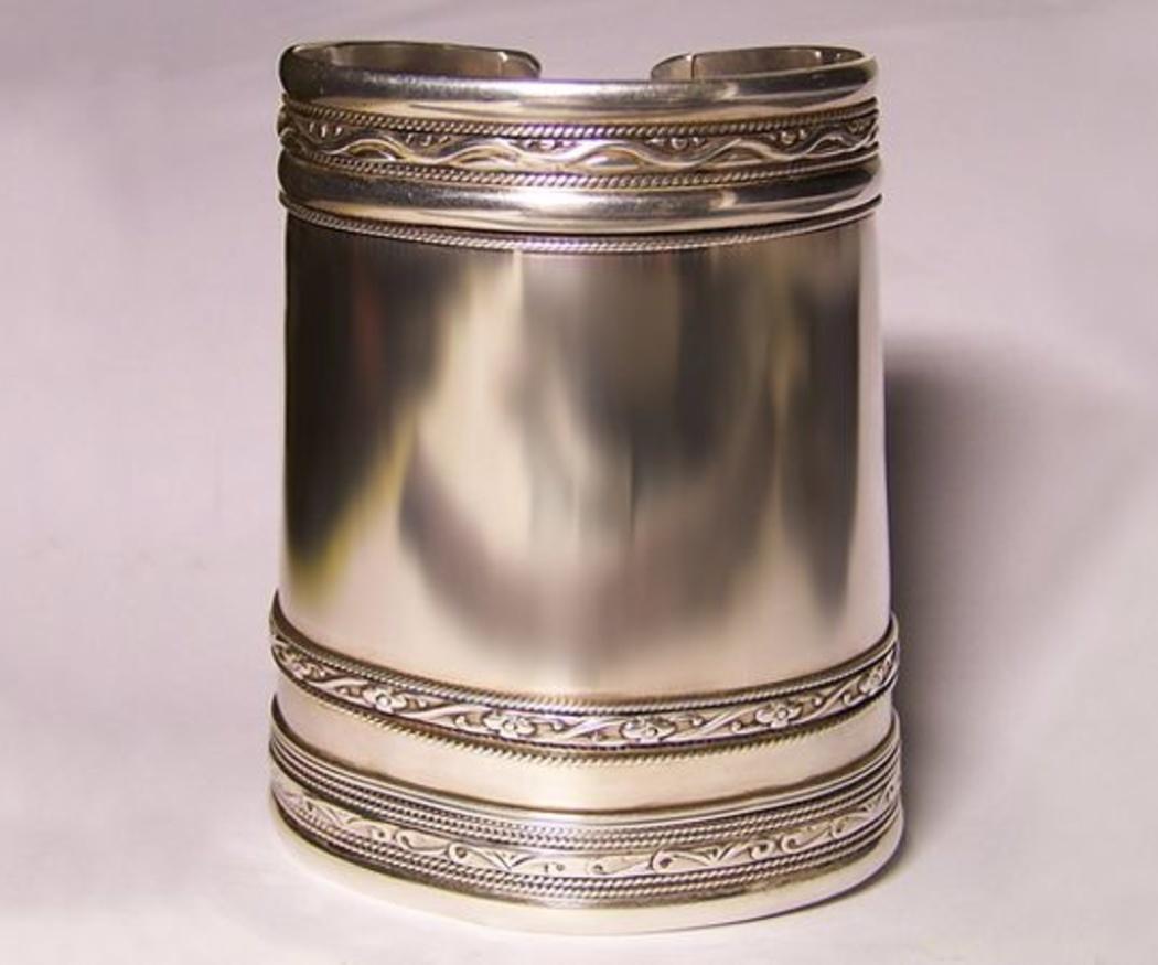Evita el deslustre de tus joyas de plata