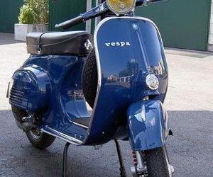Especialistas motos vespa en Barcelona.JPG