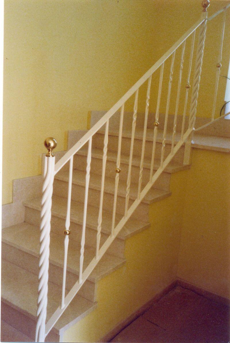 Fotos de escaleras fabricantes de escaleras de caracol for Imagenes de escaleras