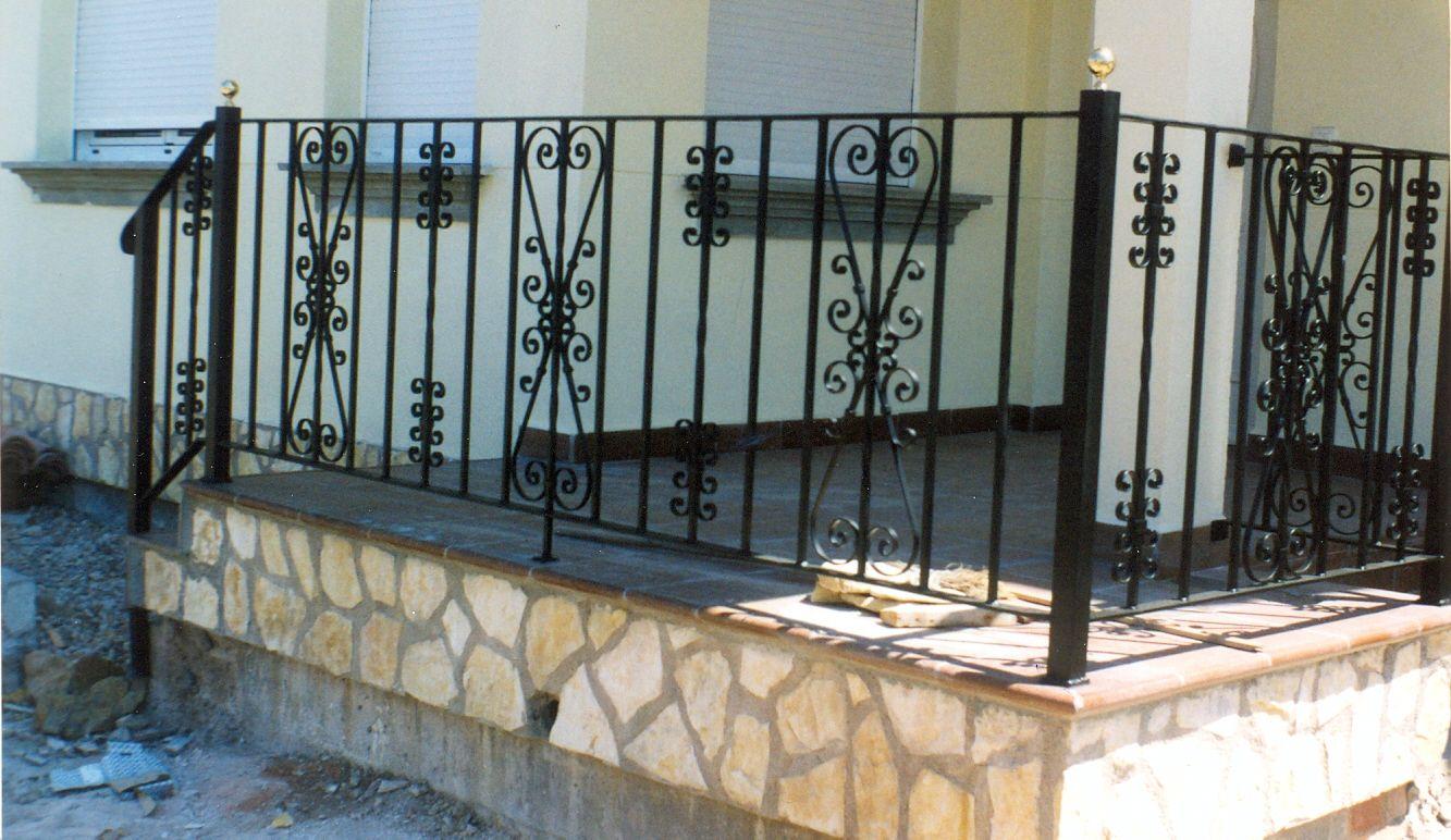 Barandillas hierro exterior terraza trendy barandas y for Barandas para terrazas