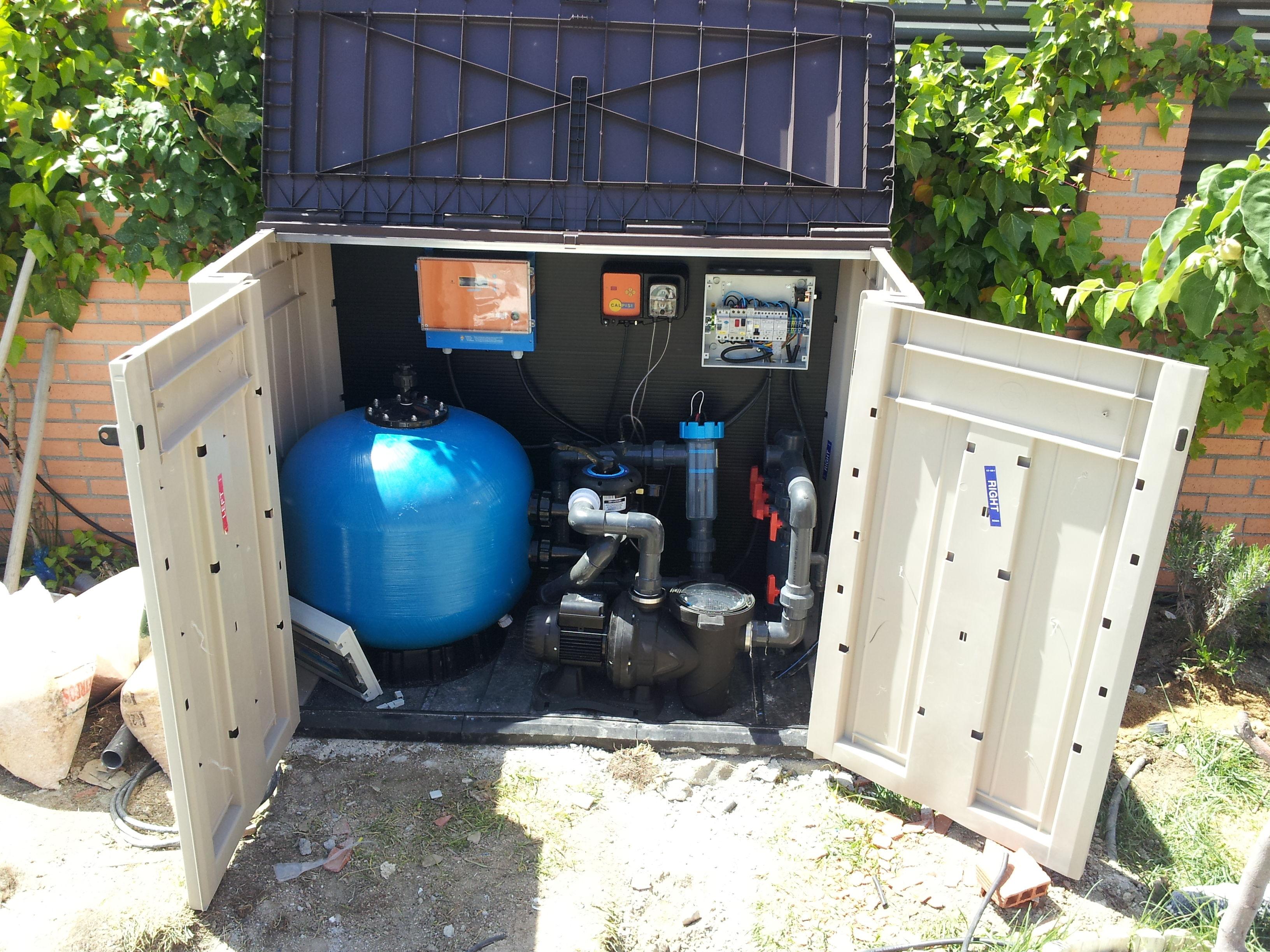 Depuradora de exterior cat logo de piscinas lualpool for Piscinas rectangulares con depuradora