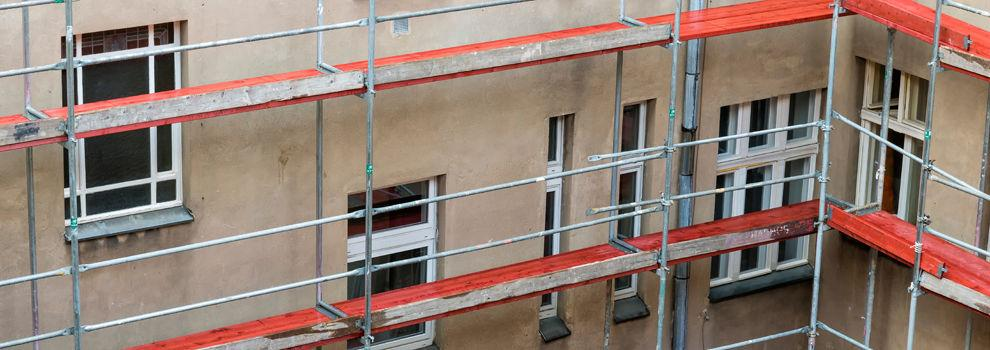 Rehabilitación y restauración de fachadas y edificios en Sant Adrià de Besòs   Fachadas Vertimax