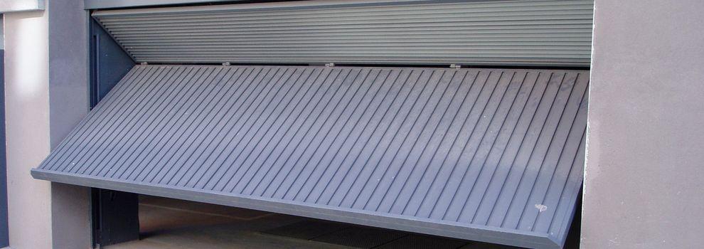 Puertas de garaje autom ticas en madrid centro for Tipos de garajes