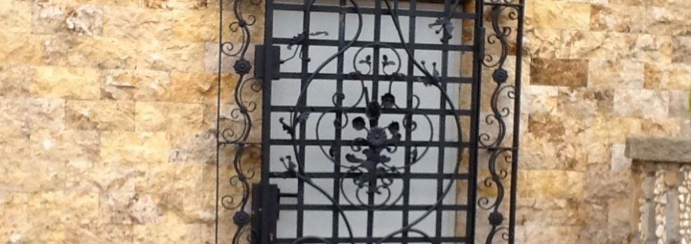 Puertas de garaje seccionales Asturias