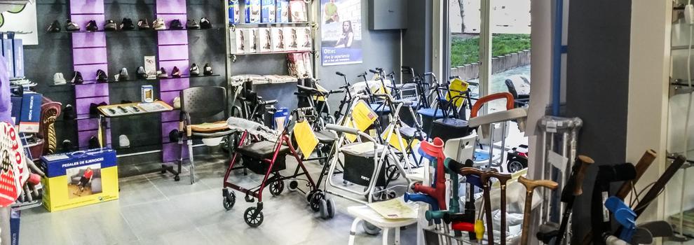Ortopedia con sillas de ruedas en Diagonal Mar, Barcelona