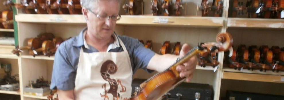 Venta de violonchelos en Valencia | Todo para Cuerdas