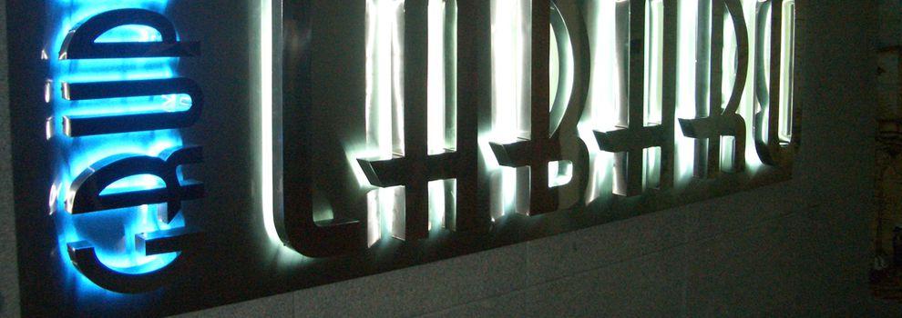 Publicidad exterior en el centro de Madrid | C2C Imagen de Empresa