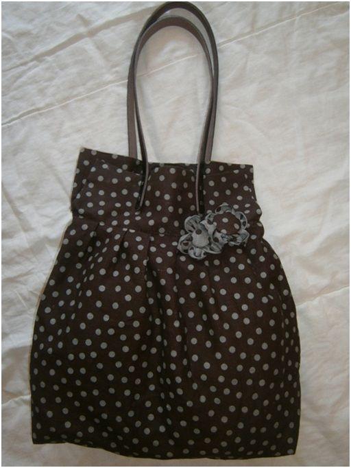 Bolso plisado con pieza superior de patchwork patrones - Manualidades patchwork bolsos ...